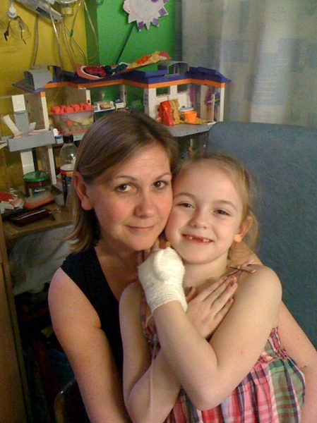 Daisy and Tracy in hospital May 2010